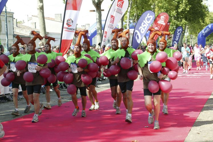 marathon du medoc 2017 what do i wear please bring me my wine. Black Bedroom Furniture Sets. Home Design Ideas